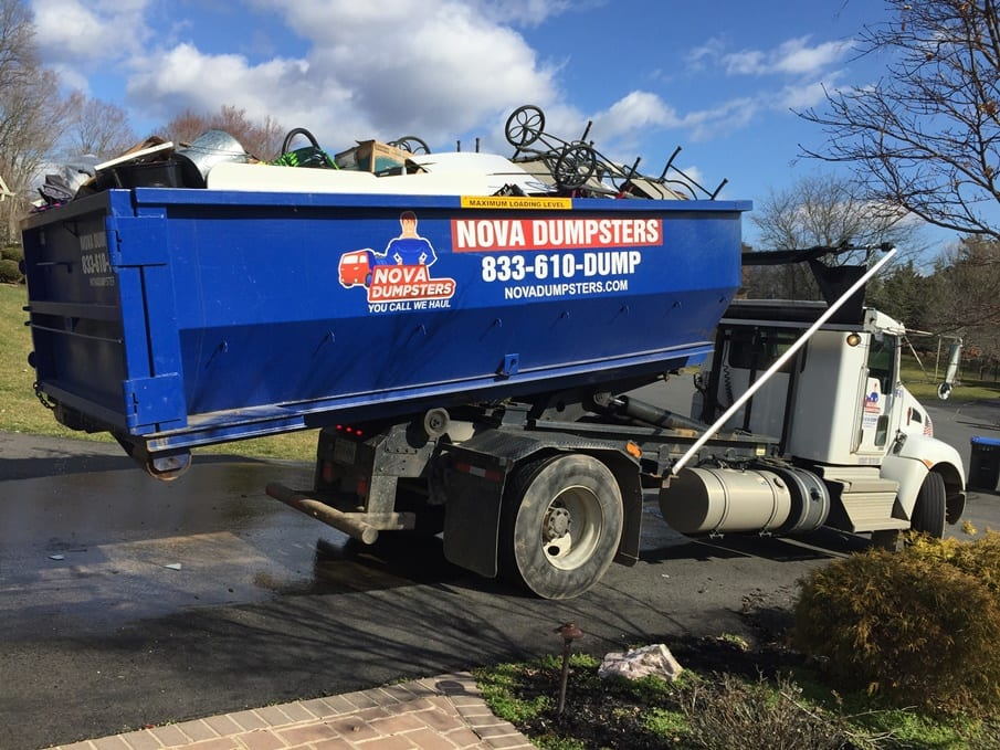 Dumpsters for rent in Fort Washington for homes and businesses.